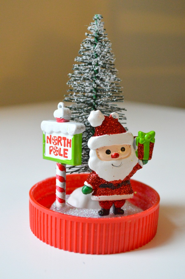 DIY Christmas Snow Globe Ideas for Kids39