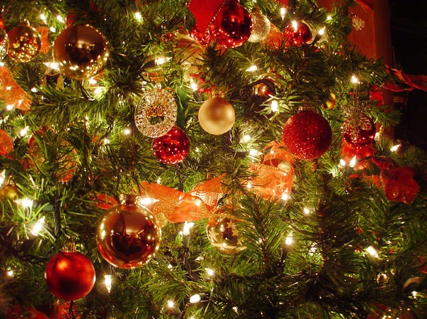 Easy Christmas tree decorating ideas1