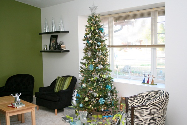 Easy Christmas tree decorating ideas27