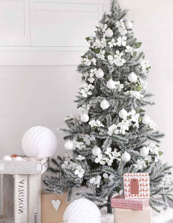 Easy Christmas tree decorating ideas38