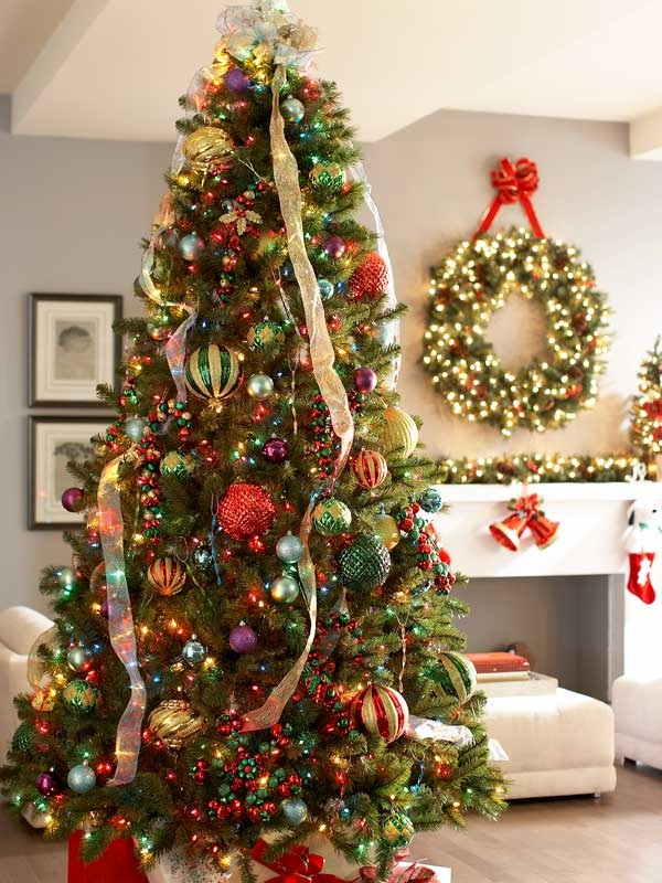 40 easy christmas tree decorating ideas for Home made christmas tree decorations