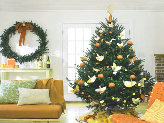 40 easy christmas tree decorating ideas - Different Ways To Decorate A Christmas Tree