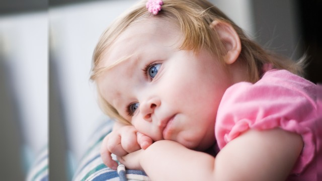 Small and Cute Baby Wallpaper download (17)