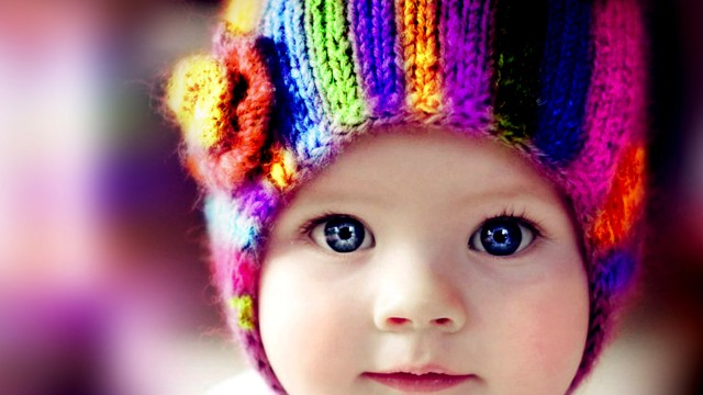 Small and Cute Baby Wallpaper download (37)