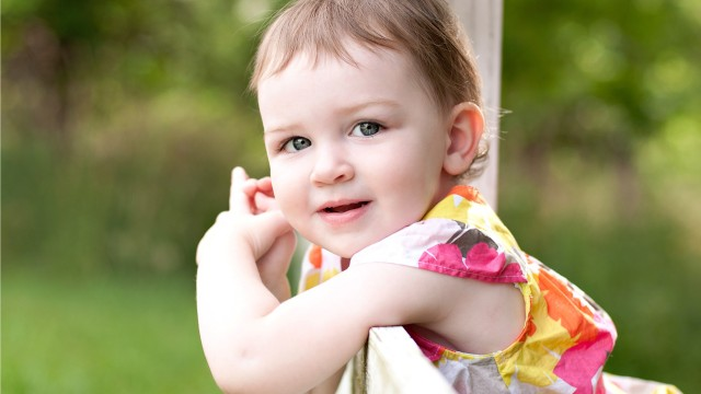 Small and Cute Baby Wallpaper download (38)