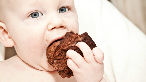 pictures-of-baby-eating-food1