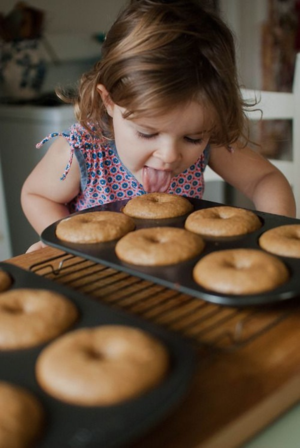 pictures-of-baby-eating-food8