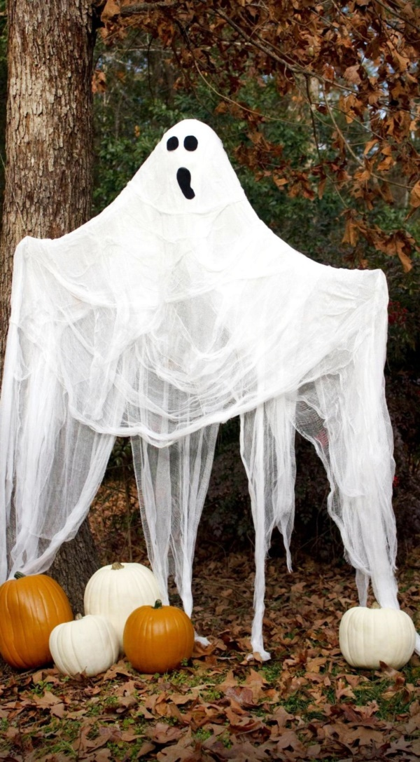 scary halloween decorations for outdoor party - Terrifying Halloween Decorations