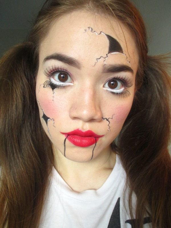 40 scary halloween face painting ideas to frighten everyone